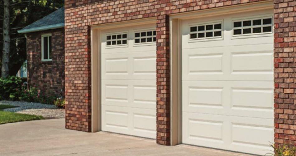 Raised panel garage doors phoenix garage doors repair for Garage door repair phoenix